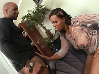 well-rounded ebony wife banged by black penis